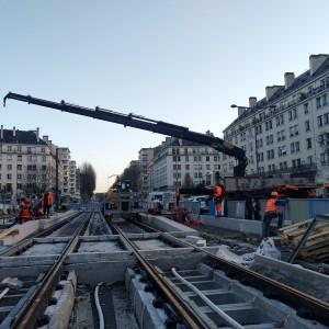 Bras de grue lors du chantier du tramway de Caen